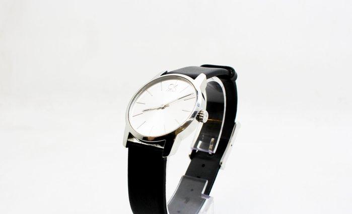 【高雄青蘋果】CK Calvin Klein 極簡時尚女性皮帶手錶-銀白面黑色 31mm K2G231C  #21121