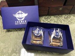 {我愛空軍}我的名字叫空軍 空軍立體徽 威士忌杯 禮盒 一組2入 (獨家販售)GIB-02