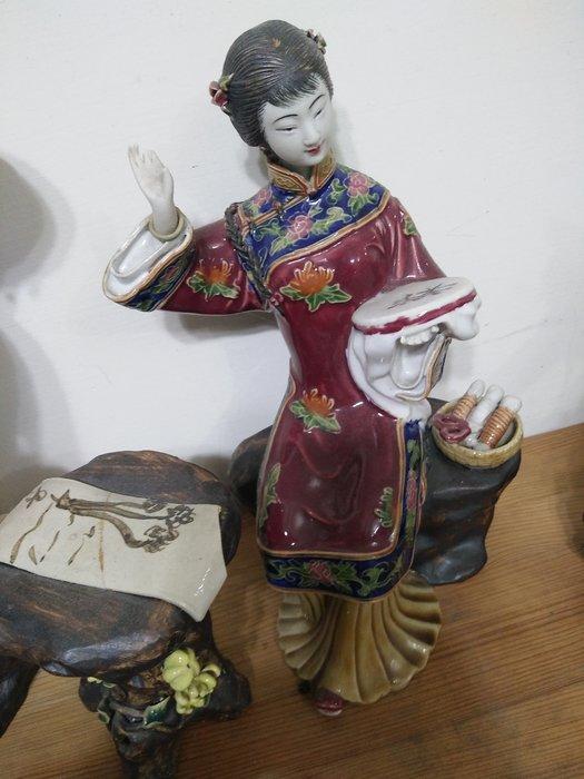 大陸瓷器家鄧平作品之四