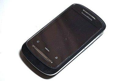 Taiwan Mobile T2 3G觸控手機 支援Wi-Fi 《附二手電池+萬用充》安卓系統 可使用Line