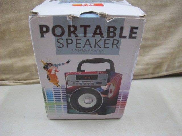 二手舖 NO.3758 PORTABLE SPEAKER 造型音箱 喇叭 攜帶型 收音機 USB