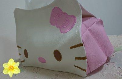 (*_*)蕾卡小舖~~ 國內販賣 Hello kitty 面紙盒 可愛 白色 內層粉色 合成皮革~