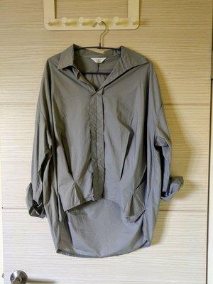99%新正韓現貨設計師款隨性自然前短後長淺灰色後氣球造型襯衫 Zara moma iroo