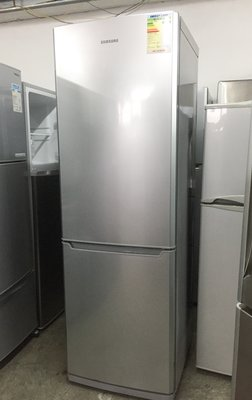 雪櫃 Samsung RL38S 高182CM 九成新以上 包送貨安裝及30天保用