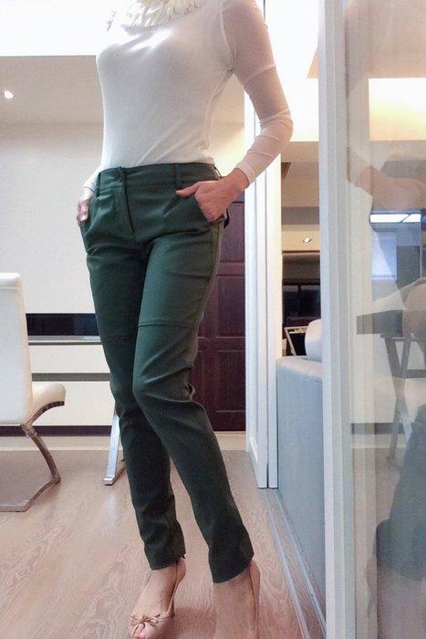 *Beauty*LAGERFELD軍綠色窄管長褲M號3800元PH