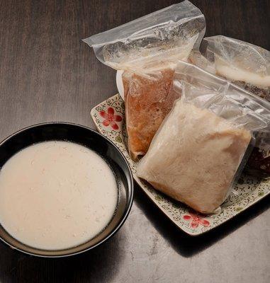 日本冠軍拉麵 (拉麵老店)拉麵湯底單賣(限網路訂購) 買6送1份  可選豚骨白湯,醬油,味增 只要780元免運