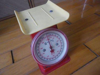 磅秤  1000g =1kg  (二次元小舖Y5520175018 )P99