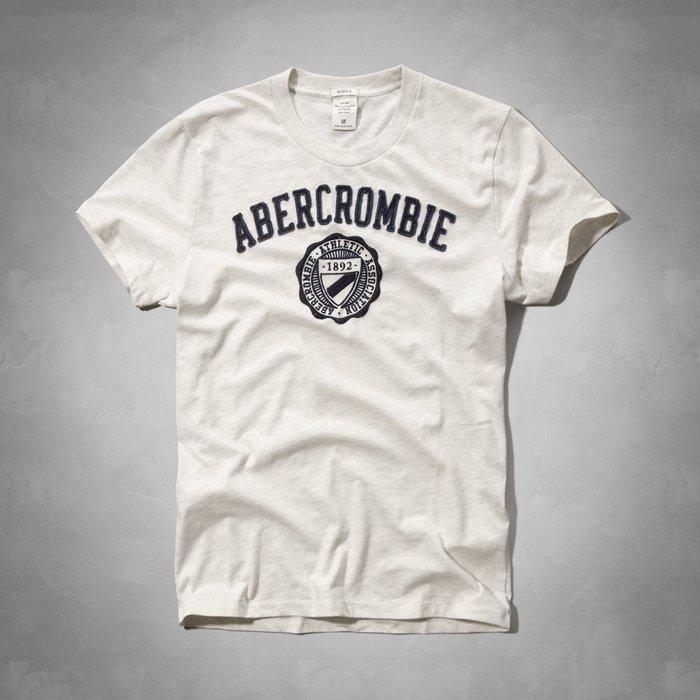 Maple麋鹿小舖 Abercrombie&Fitch *AF 米白色貼布徽章電繡短T* ( 現貨S/L/XL號 )
