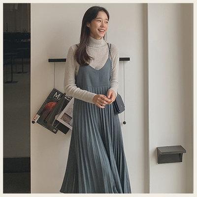 。Styleon。正韓。氣質霧面細肩帶百褶裙洋裝。韓國連線。韓國空運。1028。【hj29cher2599】