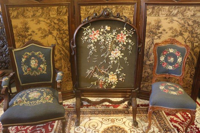 【家與收藏】特價稀有珍藏歐洲百年古董19世紀英國莊園手工木雕精緻花卉刺繡大屏風