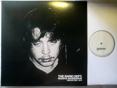瑞典文青The Radio Dept 2011唯一精選 Passive Aggressive黑膠唱片 雙開折疊頁+印刷品