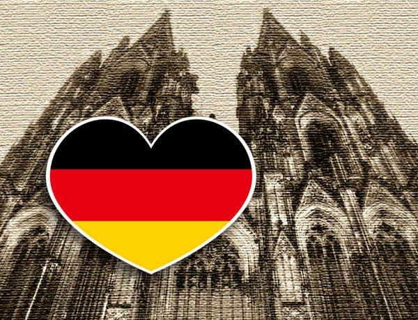 【國旗貼紙專賣店】德國愛心形旅行箱貼紙/抗UV防水/多國款可收集和客製