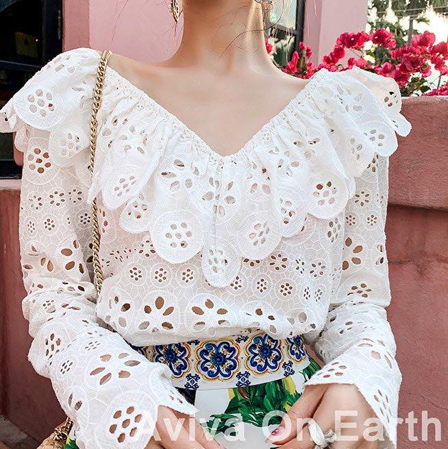 《巴黎拜金女》心機上衣設計感上衣v領小眾白色荷葉邊洋氣超仙襯衫