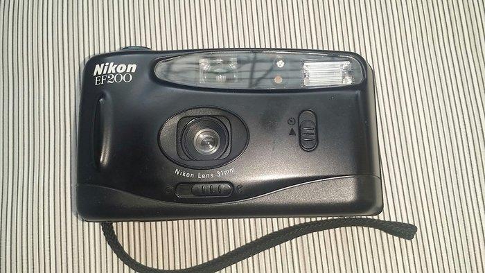 Nikon ef200