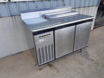 鑫忠廚房設備-餐飲設備:二手四尺沙拉吧冷藏冰箱-賣場有西餐爐-吧台-發酵箱-煎台-水槽-高湯爐-烤箱-油炸機 新北市