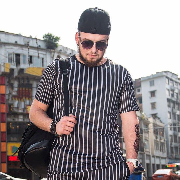 FINDSENSE品牌監製 大尺碼男裝 3D黑色白色竪條紋短袖T恤薄款個性印花短袖夏季男大尺碼寬鬆透氣T恤速乾排汗T