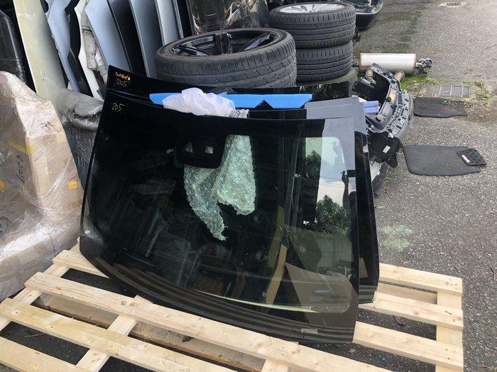 BENZ各車係正廠前後擋玻璃 W204 W205 W212 W213 W253 W221