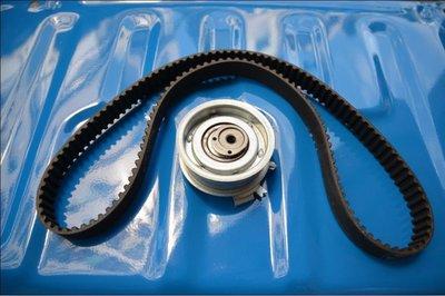 {阿勳精品}~ VOLKSWAGEN 福斯 VW GOLF 5 05-08 1.6 汽油標準款正廠正時皮帶..含惰輪