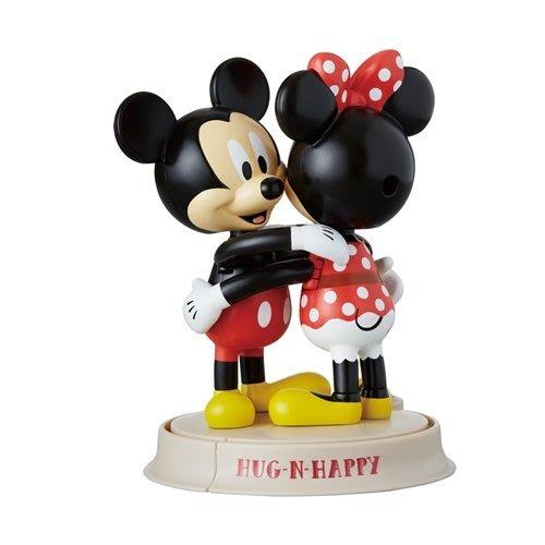 現貨  日本迪士尼 [擁抱]擺飾玩偶
