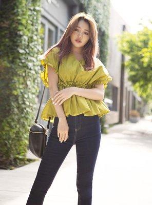 日本帶回 齋藤飛鳥 田中美奈實 最近代言 GRL 交叉V領 高腰上衣 白色 高腰鬆緊帶設計