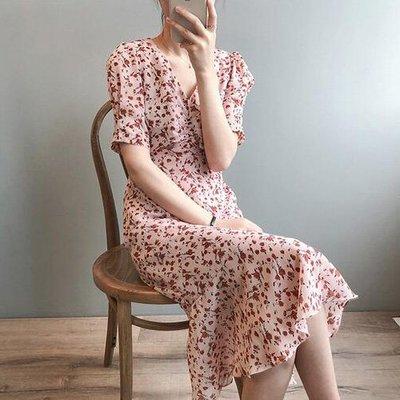 洋裝 夏季法式魚尾碎花胸前抓褶連身裙 艾爾莎【TAE8755】