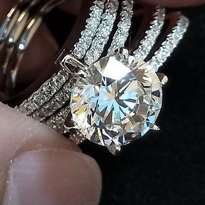 3克拉鑽戒5環爪鑲鑽戒特殊款式求婚 結婚 情人節禮物 鑽石純銀包白金戒指 高碳仿真鑽莫桑石 真鑽鉑金質感肉眼難辨鑽寶熱銷