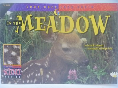 In the Meadow-Look Once,Look Again Science Series 〖少年童書〗CER