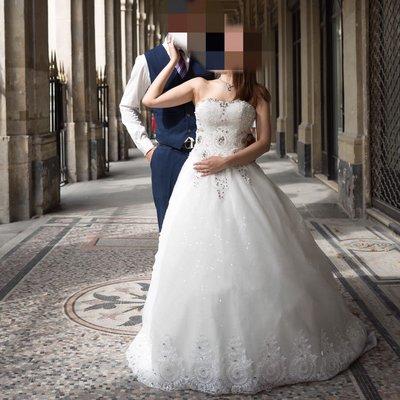 白色水晶婚紗拖尾 修身有線條 影婚紗相一流!