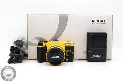 【高雄青蘋果3C】Pentax Q7 + 5-15mm 黃黑 1280萬 單鏡組 二手相機  #49262