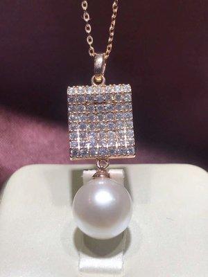(輕舞飛揚)925銀鑲嵌天然白珍珠10-11mm正圓飽滿 鏡面珠光。無暇品質。百搭潮流款。誰帶誰好看。