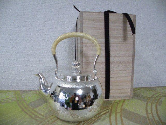 日本銀川堂銀壺(0180)約520g 純銀色
