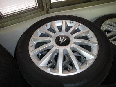 瑪莎拉蒂18吋原廠鋁圈+輪胎