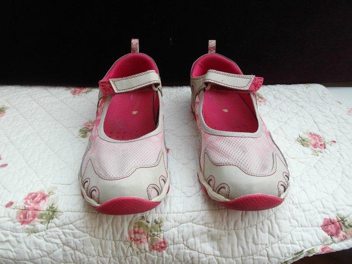 浪漫滿屋 女鞋系列*MERRELL休閒鞋 .帆布鞋.平底鞋.各類鞋款......37