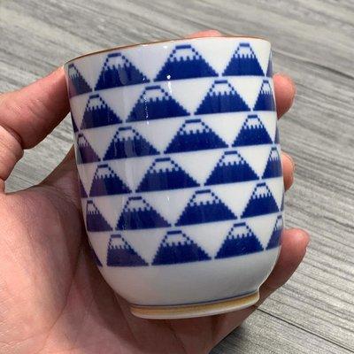 萬萬選物。日本亂亂買。現貨區。日本製。波佐見燒。The Porcelains。富士山。湯吞。茶杯