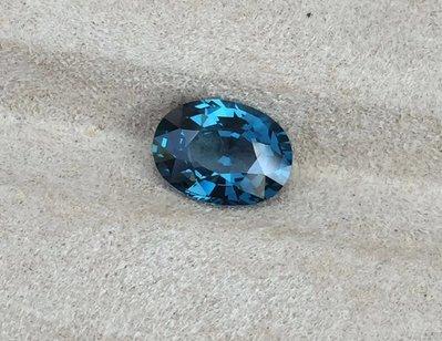天然無燒錫蘭孔雀藍尖晶石2.09ct
