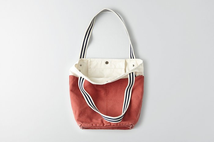 Maple麋鹿小舖 American Eagle * AE  白+紅磚色藍條紋提帶帆布肩背手提包* ( 現貨 )