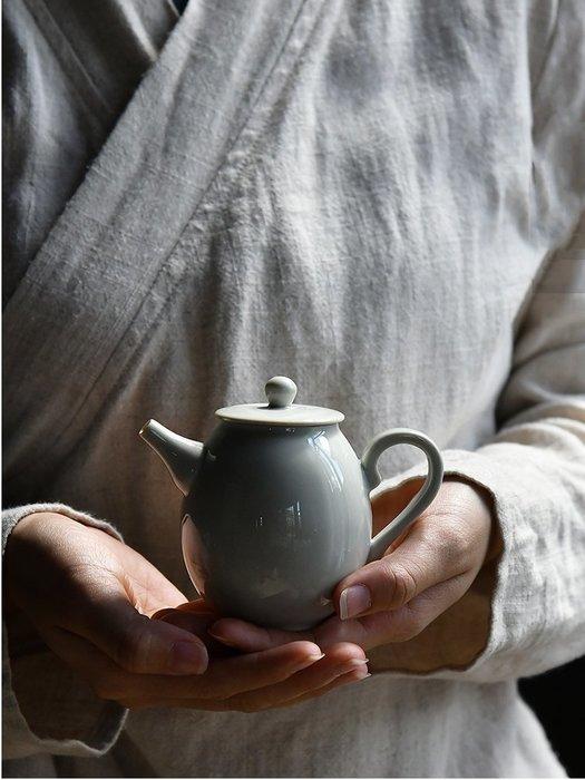 【茶嶺古道】仿古(青釉)現代壺 / 茶壺 瓷壺 泡茶用具 標準壺 小壺 茶藝用品