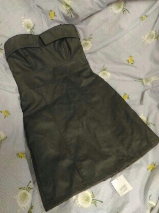 全新橄欖綠皮質平口短版洋裝 M號