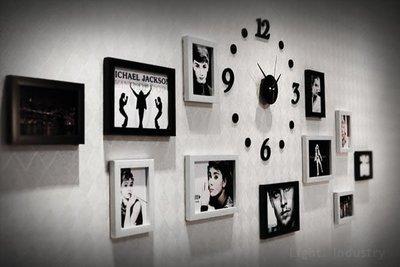 【輕工業 】DIY掛鐘黑白相片牆11相框組-壁貼牆貼照片牆餐廳客廳臥室 仿實木