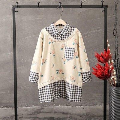 [ BARGAIN ] 全新,(藍白格紋)襯衫拼接花朵印花,不收邊綿質假兩件七分袖T,森系