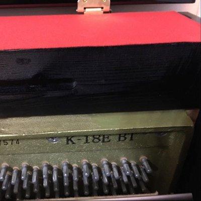 kawai 原裝日本進口鋼琴,有證書0手,油壓,9成新,音質靚,
