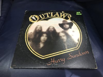開心唱片 (OUTLAWS / HURRY SUNDOWN) 二手 黑膠唱片 CC188