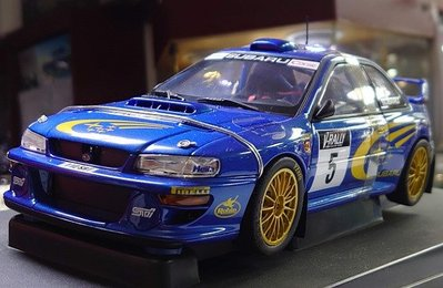 Autoart 1/18。Subaru Impreza WRC 1999 #5。方燈二門。原盒