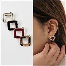 韓國進口It Me【kr5283】韓風造型耳環。
