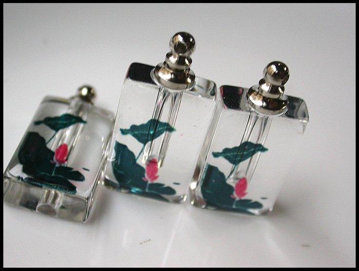 【雅之賞 藏傳 佛教文物】特賣*水晶瓶 /香水瓶 /舍利瓶 (3個) 吊飾 (附膠皮繩)~Q1261