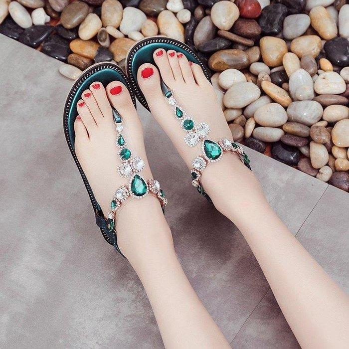 YEAHSHOP 水鉆夾腳涼鞋女夏平底新款百搭波西米亞沙灘夾趾涼鞋Y185