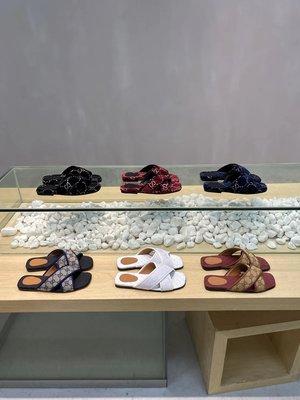 ✤寵愛Pamper for you✤Gucci 老花系列方頭一字拖沙灘鞋