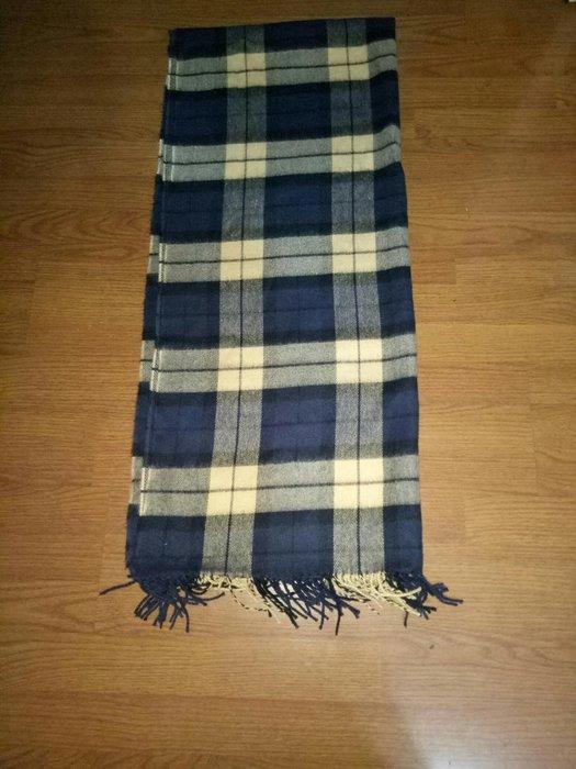 格紋圍巾毛料手感  (櫃床白556)全新68x184cm