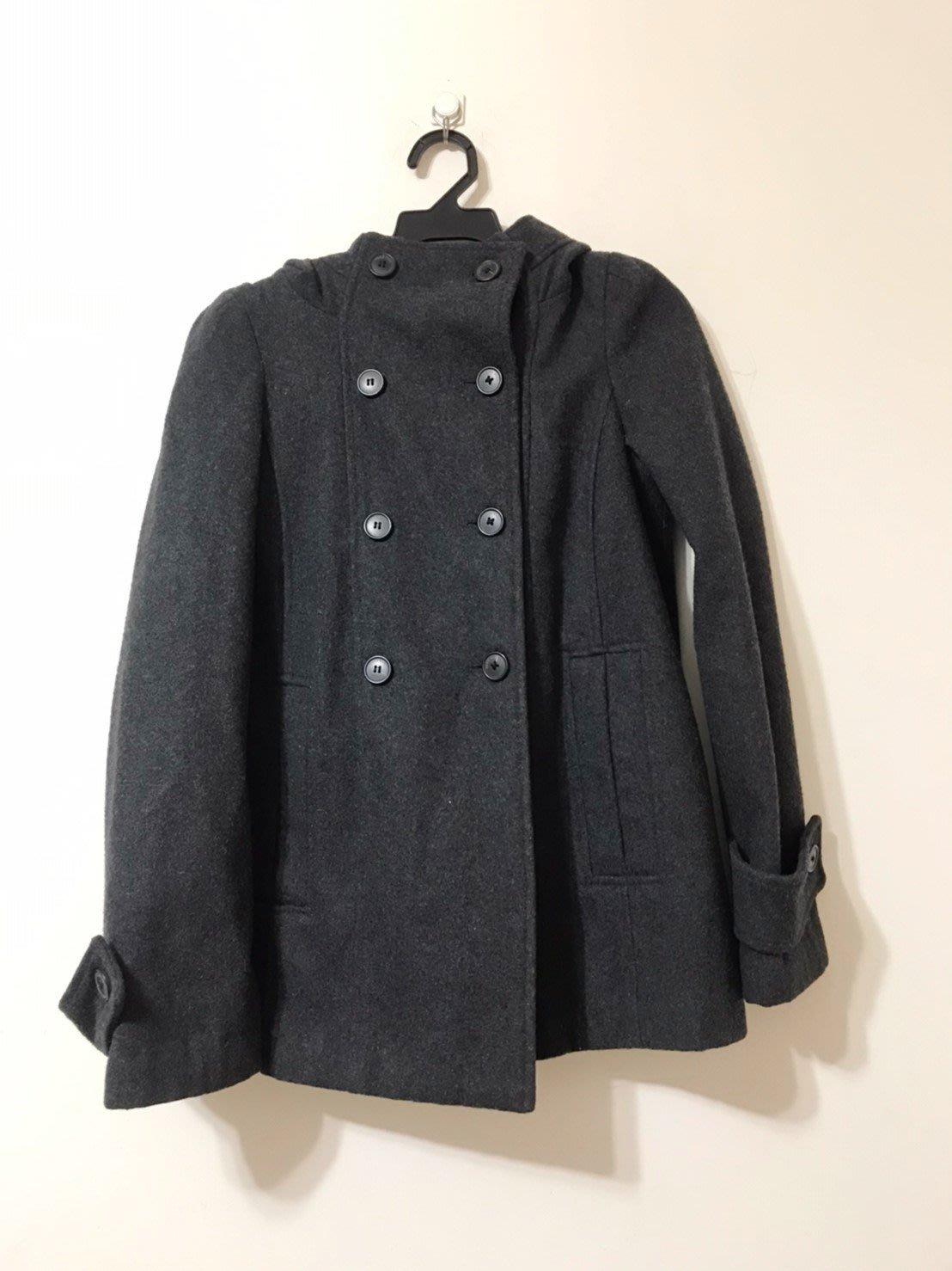 歐系品牌 Zara 灰色 簡約設計 英倫氣質 雙排扣大衣 20190802-3A