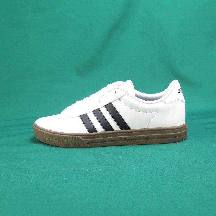【iSport愛運動】adidas 愛迪達 DAILY 2.0 休閒鞋 正貨 F34469 男款 白x咖色底
